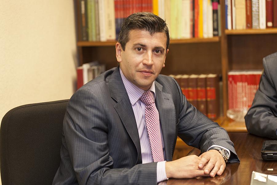 Carlos J. Frías